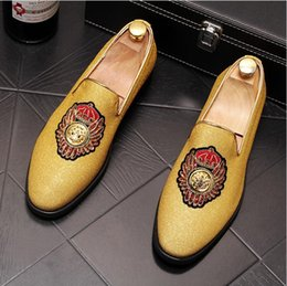 Designs Dress Australia - British style Handmade men smoking slippers black velvet shoes Luxury embroidery Pointed Toe business Dress design male's loafers W321