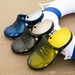 Green Flip Flops Australia - new Designer Mens Sandals Summer Stripped Slippers For Men Flip Flops Summer Beach Rubber Shoes Male Flats Sandals Black Blue Army Green