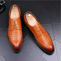 $enCountryForm.capitalKeyWord Australia - Fashion Flats Men Black Formal Casual Slip-On Embossed Leather Men Flats Oxfords Loafers Casual Man Moccasin Shoes