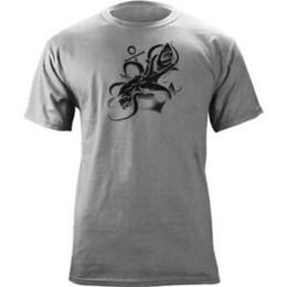 $enCountryForm.capitalKeyWord Australia - Great White Shark vs Giant Octopus AttaO-Neck Tattoo T-Shirt