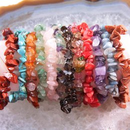 natural carnelian bracelet Canada - 4Pcs Cord Stretch Bracelet for Women Natural Chip Beads Bangle Crystal Opal Onyx Fluorite Quartz Carnelian Lapis Jewelry Gift 7""