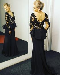 Discount model dress peplum - 2019 New Sheer Long Sleeves Prom Dresses Peplum Lace Appliqued Sheer V Neck Black and Champagne Evening Dresses vestidos