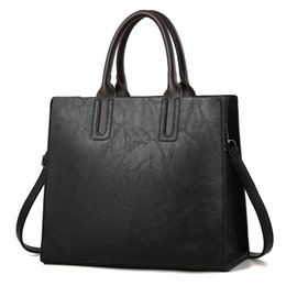 $enCountryForm.capitalKeyWord Australia - Bags Womens leather Handbags Large Capacity Retro Vintage Hand Top-Handle Bags Solid Tote Sac Shoulder C901