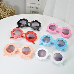 $enCountryForm.capitalKeyWord UK - 2019 New Baby Girls Sunglasses Children Round Flower Sun Glasses Eyewear Summer Toddler Kids Sun Glasses Boys Girls Student Sunglasses