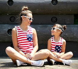 $enCountryForm.capitalKeyWord Australia - Mother and daughter matching outfits 4th of july girls red white stripe vest american flag women polka dots single pocket casual tops F8199