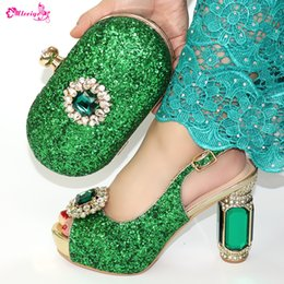 $enCountryForm.capitalKeyWord NZ - New Design Fashion Ladies Shoes And Bag Set For Party Italian Summer Green Color Shoes With Matching Bag Set Size 38-42