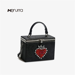 box handbags NZ - Fashion Box Evening Bag Diamond Heart Clutch Bag Relief Luxury Handbag Banquet Party Purse Women's Shoulder