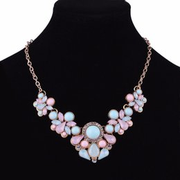 Jewelry Gems Design Australia - Women Bohemian Bib Gem Choker Necklace Fresh Candy Color Acrylic Stone Choker Necklace Flower Design Statement Wedding Jewelry