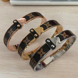 316 steel rings online shopping - Hot sale luxury L stainless steel k silver gold rose super flower love leather men boys arrow bracelets bangles For Women