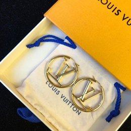 Großhandel Bester Weihnachtsgeschenk Designer Ohrringe Luxus Schmuck Accessoires Elegante Mode Frauen Ohrringe Dame Hochzeit Schmuckknöpfe mit Geschenk-Box