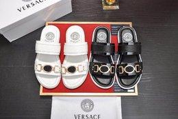 $enCountryForm.capitalKeyWord Australia - Top Quality VersaceMen's designer slippers sandals clip feet flip style print Slide Sandal Flip Flops Sandals With Original Box
