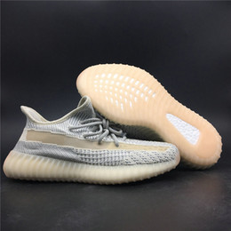 lightweight basketball shoes Canada - New Fresh Grey Beige 3M Reflective Man Designer Athletic Shoes Lightweight Kanye West Fashion Woman Sport Trainers Good Quality With Box