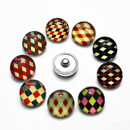 $enCountryForm.capitalKeyWord NZ - faddish 20pcs lot 18mm Grid stripe Glass Snap Buttons Charms Fit Snap Bracelet Necklace DIY Jewelry E mail treasure