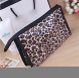 $enCountryForm.capitalKeyWord Australia - Dumpling Makeup Bag Leopard Dot Heart Cosmetic Bag Casual Multifunctional Cosmetic Makeup Pouch Toiletry Storage