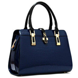 Ladies muLti pocket handbags online shopping - Designer totes women s Bag Ladies handbags designer bag women handbag Fashion brand Chain bag Single shoulder backpacks