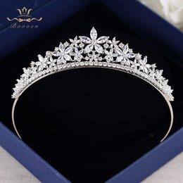 $enCountryForm.capitalKeyWord Australia - Bavoen High Quality Brides European Flower Zircon Tiara Evening Sparkling Headwear Hair Accessories T190628