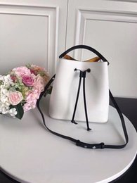$enCountryForm.capitalKeyWord Australia - 2019 Top Custom Brand-name Luxury Fashion In Europe And The Bucket Head Layer Cowhide Single Shoulder Hand Ladies Handbags