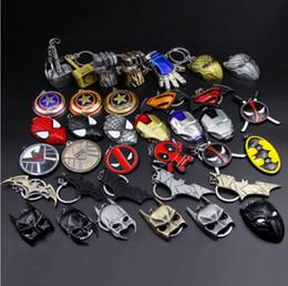 $enCountryForm.capitalKeyWord Australia - 100 pieces, Animation movie Hero equipment Alloy Pendant Key chains automobile Key Ring Iron Man Mask Animation cartoon Accessories gift