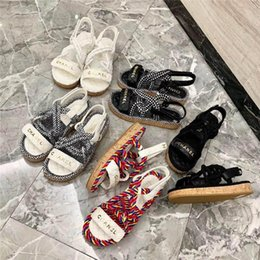 Ivory Gladiator Sandals NZ - New Womens sandals mules Cord flip flops Designer Sandals Multicolor and ivory White and black Sandals
