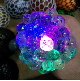 $enCountryForm.capitalKeyWord NZ - 6cm LED luminous Cute Anti Stress Face Reliever Grape Ball Autism Mood Squeeze Relief HealthyToy Chameleon lamp Grape DecompressiontoysD0218