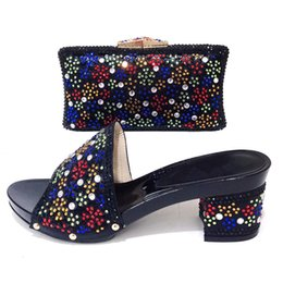 $enCountryForm.capitalKeyWord Australia - 2019 New Black Color African Matching Shoes and Bag Italian In Women Matching Italian Shoe and Bag Set Crystal Low Heels Sandals