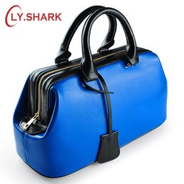 doctor dresses NZ - Luggage Handbags LY.SHARK Summer For Women 2019 Luxury Handbags Women Bags Designer Ladies Hand Bags Doctor Genuine Leather Bag Blue Totes