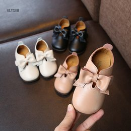 $enCountryForm.capitalKeyWord NZ - SLYXSH New Toddler Baby Little Girls Bowknot Flat White Black Pink Casual Leather Shoes For Girls Shoes