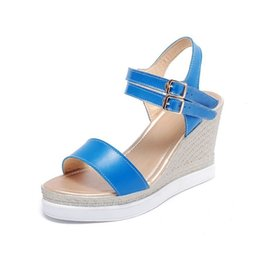 $enCountryForm.capitalKeyWord Australia - Glittery2019 Popular2019 Will 40-43 Sandals Muffin Cake Slope With Belt Buckle Women's Shoes