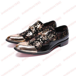 Slip Dresses For Sale Australia - Hot Sale Fashion men business print flowers dress shoes slip-on pointed toe carved Bullock oxford for men party office shoes