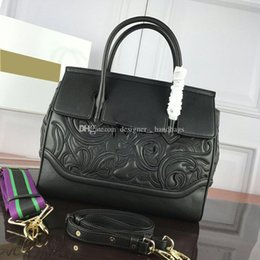 bright handbag 2021 - Bags 2020 Lastest Fashion handbags Classic Bright Colors Embroidery Floral Atmospheric genuine leather lady bag flowers