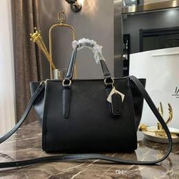 $enCountryForm.capitalKeyWord Australia - Female Bales Fashion Genuine Leather Handbag Bats Ears Inclined Shoulder Luxury Women Messenger Vintage Bag Designer Shoppers Tote