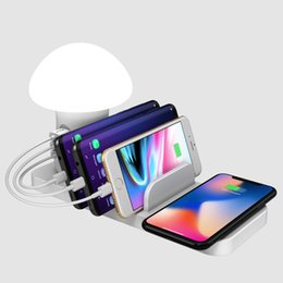 Wholesale Mushroom light multi port charger Creative wireless Cell Phone Chargers Fast charging port charging base usb desktop charger stand