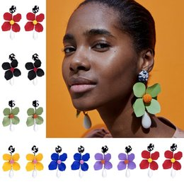 Distinctive jewelry online shopping - Simulation Flower Designer Earrings Women Fashion Exaggeration Distinctive Oversize Brand Earring Colorful Bohemian Resin Jewelry yr hh