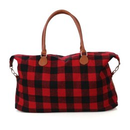 Chinese  2 Colors Buffalo Check Handbag Red Black Plaid Bags Large Capacity Travel Tote with PU Handle Luggage Bag Outdoor Bags CCA11411 10pcs manufacturers