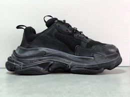 $enCountryForm.capitalKeyWord Australia - 2018 Multi Luxury Triple S Designer Low New Arrival Sneaker Combination Soles Boots Men Womens Top Quality Casual Shoe
