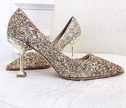 Day Wedding Dresses Australia - 2019 summer new top quality wedding shoes bride and lady Valentine's Day gift new fashion sexy sequins silk dress shoes high heels shallow