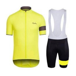 Wholesale 2019 Rapha Cycling Jerseys Sets Cool Bike Suit Anti UV Cycling Shirt Bib Shorts Mens Cycling Clothing factory direct clothing