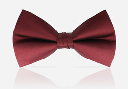 wedding bowties UK - High quality Fashion Man Bow Ties Neckwear Men Bowties Wedding Black Burgundy Navy Blue Champagne Bow Tie Free Shipping