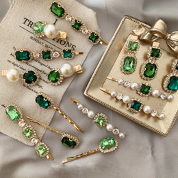 Wholesale Retro Green Hair Clip Light Luxury Rhinestone Pearl Bangs Clip Female Hair Bangs Clip One Set With 3pcs Fashion Jewelry