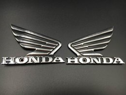 Emblema da etiqueta do decalque 3M do emblema do depósito de gasolina do ABS do cromo da motocicleta 3D para a asa de Honda venda por atacado