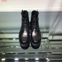 Nuovo marchio di moda di lusso in pelle moda uomo abbigliamento commercio moda nero stile britannico Martin stivali