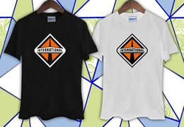 $enCountryForm.capitalKeyWord Australia - International Trucks Trucker Black and White T-shirt suit hat pink t-shirt RETRO VINTAGE Classic t-shirt size discout hot new tshirt