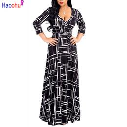 0589697e8bc4 Haoohu Plus Size Black Bohemian Long Dress Donna Autunno Inverno Tunica Maxi  Beach Dress Oro Femminile lunghezza del pavimento Vestido Y190426