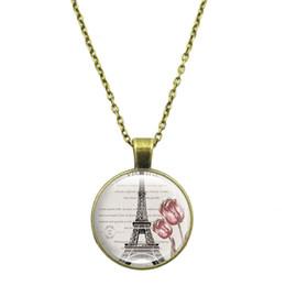 2676a0bd42e2 Nueva moda Collar colgante 2019 Tiempo joya Collar de cristal Collar cadena  de suéter de la Torre Eiffel Francia Símbolo