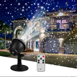 Wholesale Christmas Snowflake Laser Light Snowfall Projector IP65 Moving Snow Outdoor Garden Laser Projector Lamp For New Year Party Decor