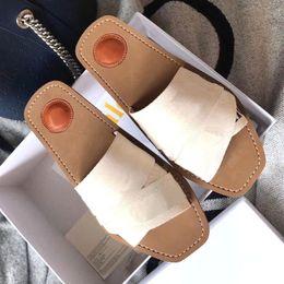 $enCountryForm.capitalKeyWord Australia - 2019 summer women's printed flip flops slipper sandal ladies luxury atoll mule shoes in woven belt high quality !