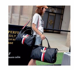 Animal Travel Pillows Australia - 2018 new fashion men womens travel bag duffle bag, brand designer luggage handbags large capacity sport bag