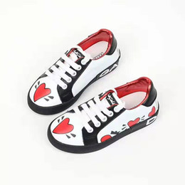design genuine leather NZ - Kid fashion shoes white color for child girl dress genuine leather shoes heart fancy design child boy gym tennis trainers eu 26-35