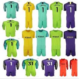 2018 19 Soccer jerseys goalkeeper kit Shirt Man  1 C.BRAVO EDERSON  31  Goalie uniform City football KUN AGUERO Long Sleeve soccer kit ff7df954b