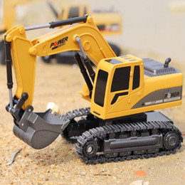 toys gif NZ - Rc truck 6 Channel 1:24 RC Excavator toy RC Engineering Car Alloy and plastic Excavator traktor RTR For kids gif